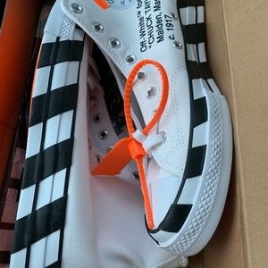 Off White Converse 70 All Star